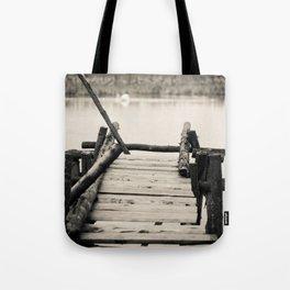 il web Tote Bag