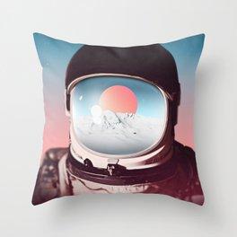 114 - Amaneceres Throw Pillow