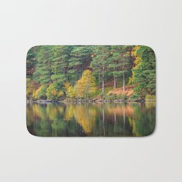 Autumn lake view (RR 174) Bath Mat