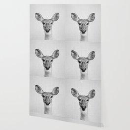 Doe - Black & White Wallpaper