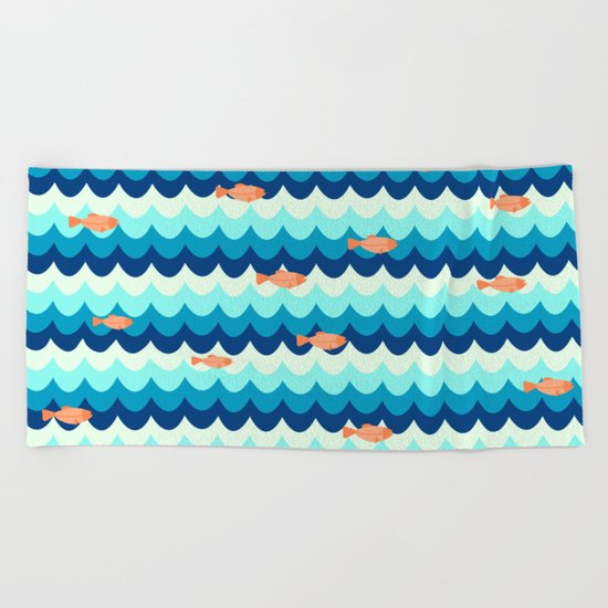 Fishes in the sea Beach Towel