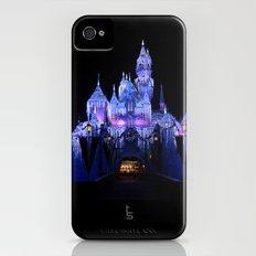 Sleeping Beauty's Winter Castle Slim Case iPhone (4, 4s)