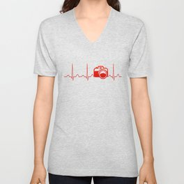 CAMERA HEARTBEAT Unisex V-Neck