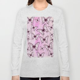 butterfly pattern on pastel pink Long Sleeve T-shirt