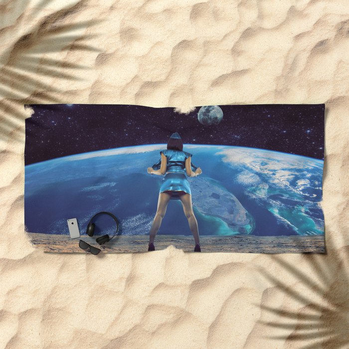 Show on! Beach Towel