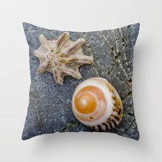 shell duo Throw Pillow