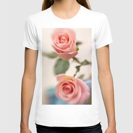Abstract vintage roses 45 T-shirt
