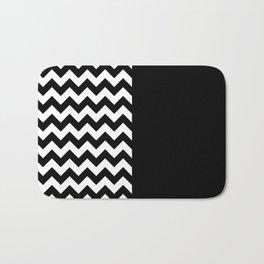 MINIMAL COMPOSITION (BLACK-WHITE) Bath Mat
