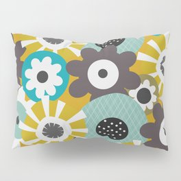 Sunny floral day Pillow Sham
