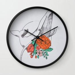 El abrazo Wall Clock