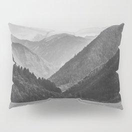 Wilderness landscape Pillow Sham