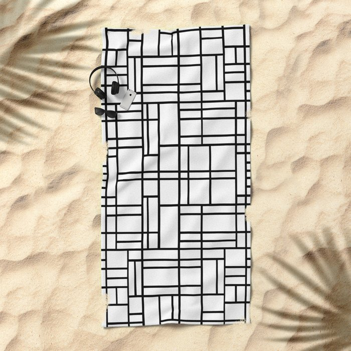 Map Outline Black on White Beach Towel