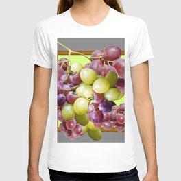 DECORATIVE PURPLE & GREEN GRAPE CLUSTER DESIGN T-shirt