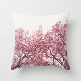 New York City - Central Park - Cherry Blossoms Throw Pillow