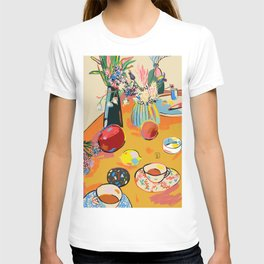 TEA AND FLOWERS AT HOME T-shirt