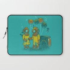 the BalloonFish Vendor Laptop Sleeve