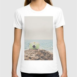 """the """"dreamer"""", a mint green camera with the ocean behind it T-shirt"""