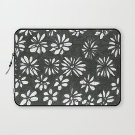 Spotting Petals Laptop Sleeve