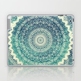 BICOLOR COLD WINTER MANDALA Laptop & iPad Skin