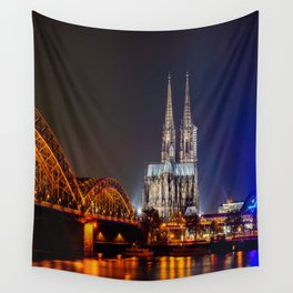 Cologne Cathedral at night Wall Tapestry