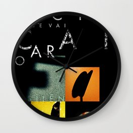 SILÊNCIO QUE SE VAI CANTAR O FADO Wall Clock