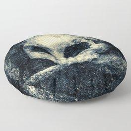 Old Skull - Memento Halloween Floor Pillow