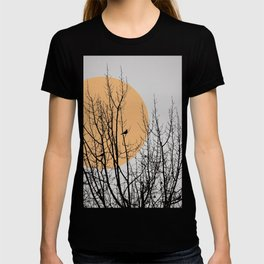 Birds and tree silhouette T-shirt