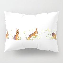 Running rabbit ! Pillow Sham