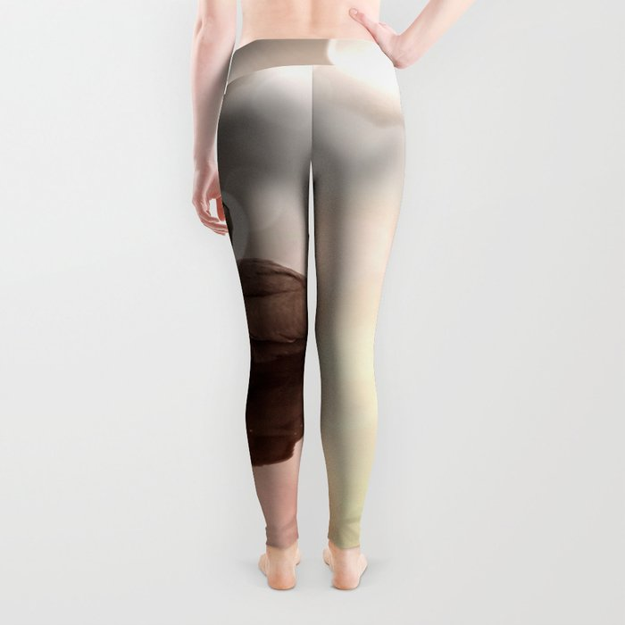 Great Blue Heron Hunter Reflection Leggings
