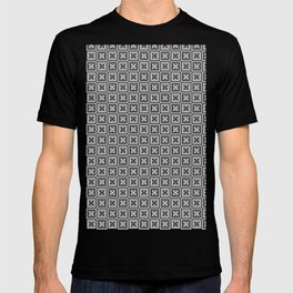 Floral seamless pattern black and white T-shirt