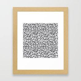 Cheetah pattern animal spots animal print pattern minimal black and white Framed Art Print