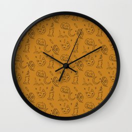 'Tis Near Halloween Wall Clock