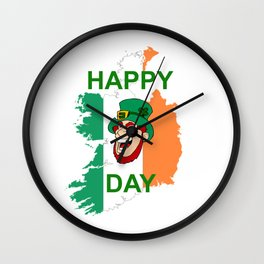 Happy St. Patrick´s Day lachender Kobold betrunken Irland Wall Clock