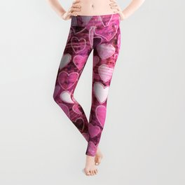 Grungy Pink Hearts Leggings