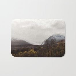 Vintage Mountain 28 Bath Mat