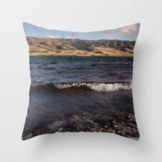 Lake Dunstan Throw Pillow
