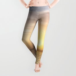 Soft colours under a weak sun Leggings