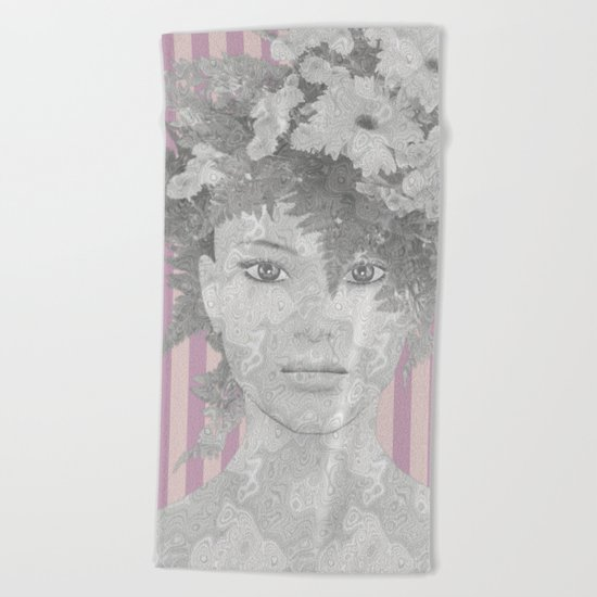 Look at me (romantic flowers vintage) Beach Towel