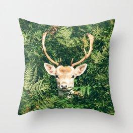 deer cerf 4 Throw Pillow