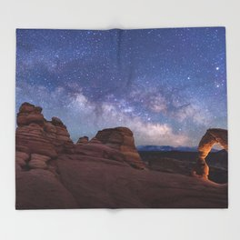 Delicate Arch Under the Starry Sky in Arches National Park Panorama Throw Blanket
