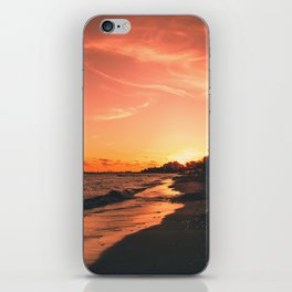 When the sun goes down iPhone Skin