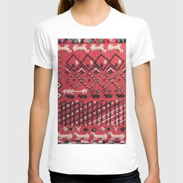 V22 Sheep herd Design Traditional Moroccan Carpet Texture. T-shirt