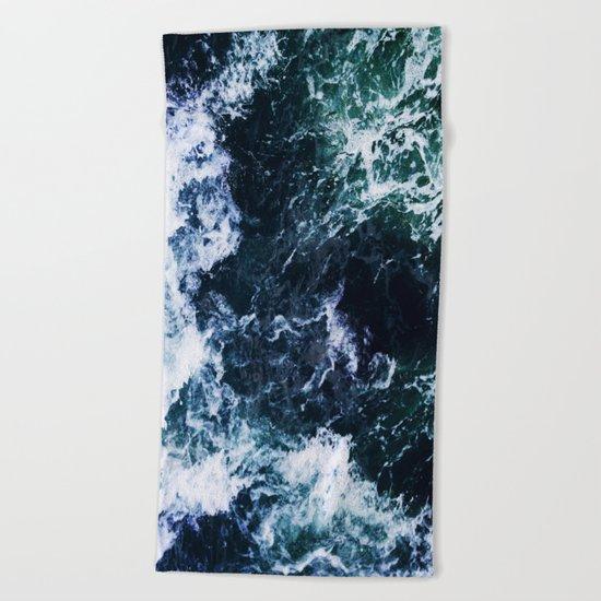 Wild ocean waves Beach Towel