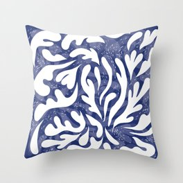 echo of the waves Throw Pillow
