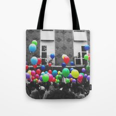 All the balloons Tote Bag