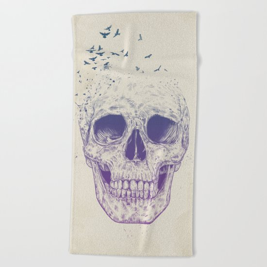 Let them fly Beach Towel