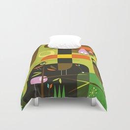 The toucan hunter Duvet Cover