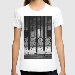 Heart Gate T-shirt
