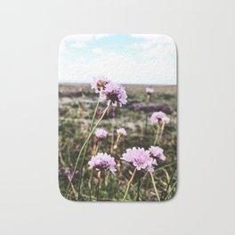 Nordic nature - Powdery pink Bath Mat
