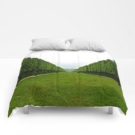 Between The Hedges Comforters